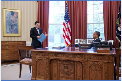 Grant Harris in Oval Office with Barack Obama